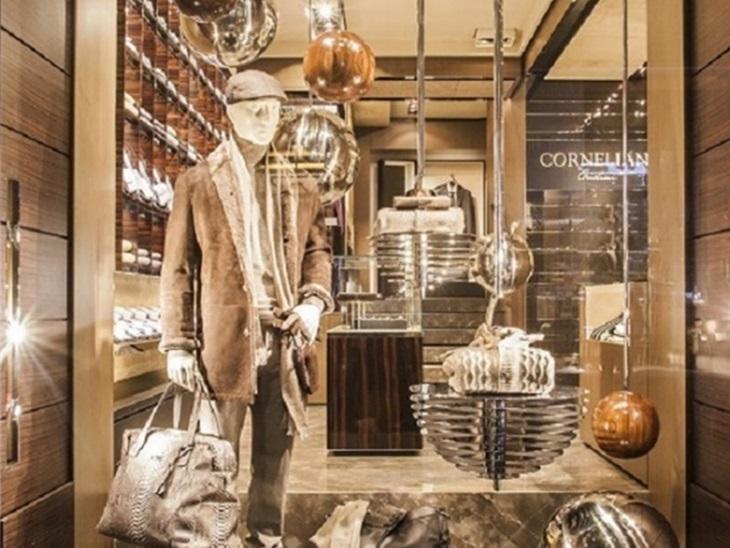 | Vetrine ed accessori per negozi